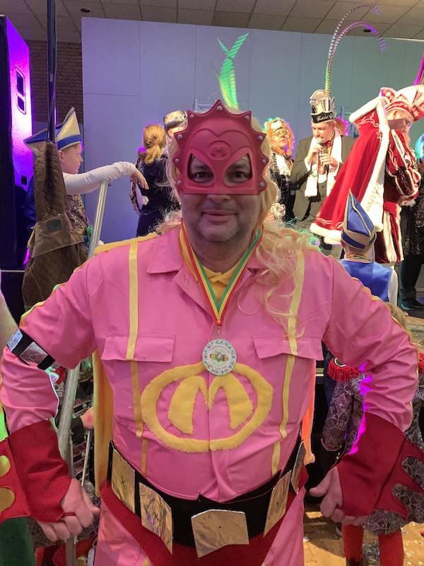 Roel Dijkstra, carnavalsvierder 2020 vastelaovevierder van het jaar 2020